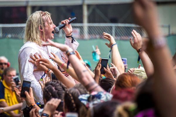 Copy of FIREFLY2017_0616_144930-4226_aLIVEcoverage.jpg